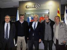 Visita dels representants de l'Ajuntament de Blanes a la llotja del RCDE Stadium.